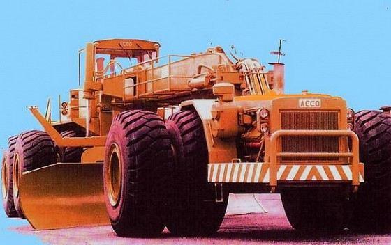 ACCO dozer самый большой трактор в мире