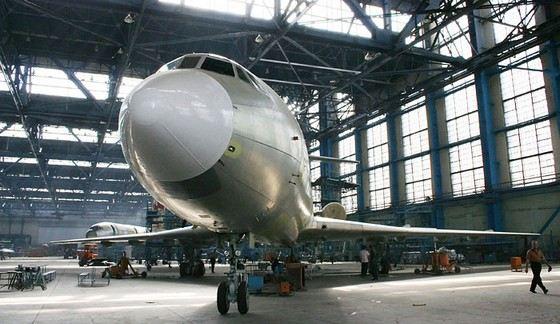 Из тугоплавких сплавов магния строят самолеты