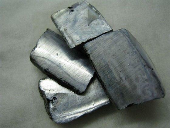 Калий очень мягкий, но редкий металл