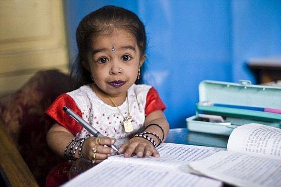 Самая маленькая женщина в мире живет в Индии