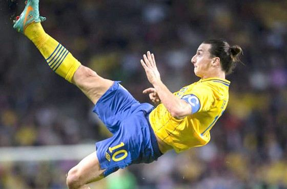 Zlatan Ibrahimovic scored one of the best goals of 2013