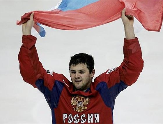 Alexander Radulov scores beautiful goals in hockey stadiums