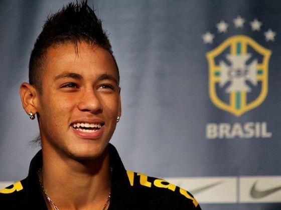 Неймар молодой, но уже дорогостоящий бразильский футболист