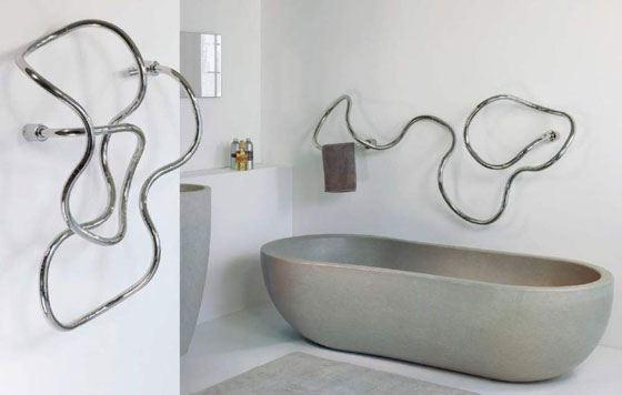 Дизайнерский полотенцесушитель создаст настроение ванной комнаты