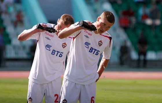 Василий и Алексей Березуцкие - футболисты великаны
