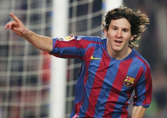 Лучший в мире футболист Лионель Месси невысокого роста