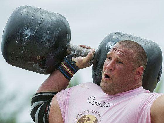 Жидрунас Савицкас - самый сильный из накаченных людей мира