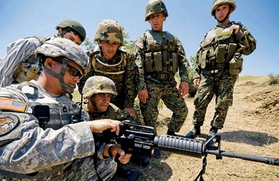 Силовая операция в Украине проходит с помощью 400 солдат США