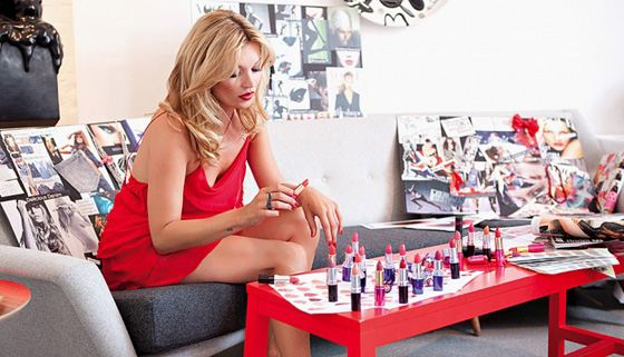 Кейт Мосс решила создать собственную косметику