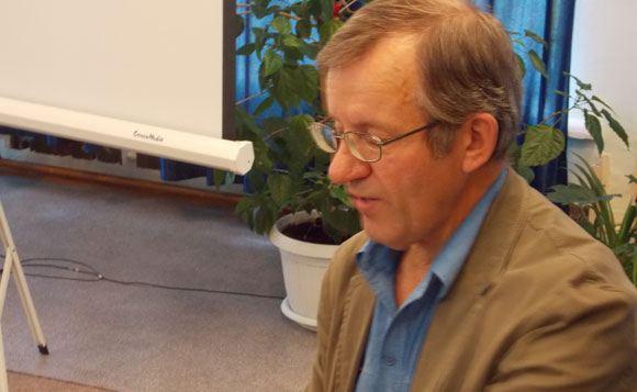 На 66-м году жизни умер писатель Александр Арцибашев