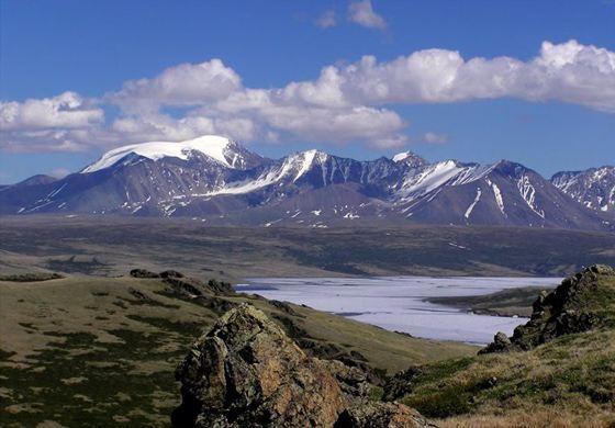 Самое большое озеро Монголии - Убсу-Нур