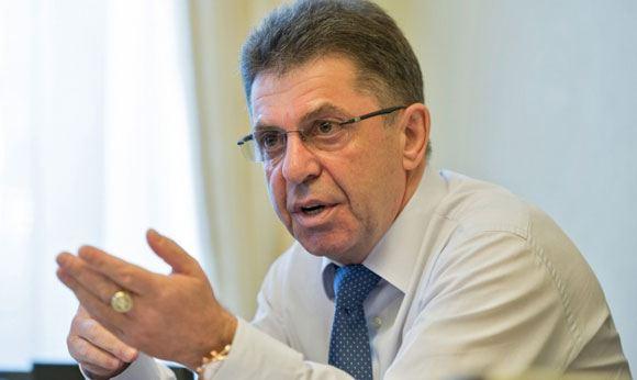 Александр Кравцов занял пост президента Союза биатлонистов России