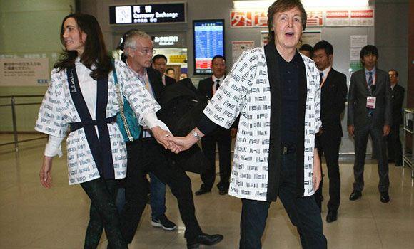 Пол Маккартни был вынужден отменить выступления в Японии