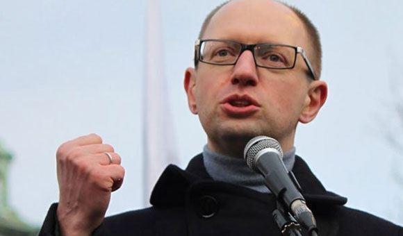 Яценюк заявил о невозможности двусторонних переговоров между РФ и Украиной