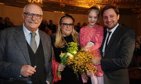 Никита Михалков снял внучку Наташу в своем фильме