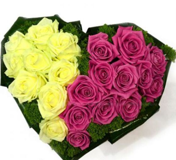 Пылающее сердце из цветов и конфет - что может быть оригинальней!
