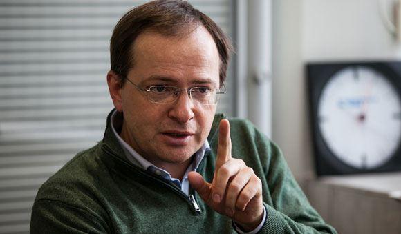«Диссернет» нашел плагиат в двух работах Владимира Мединского