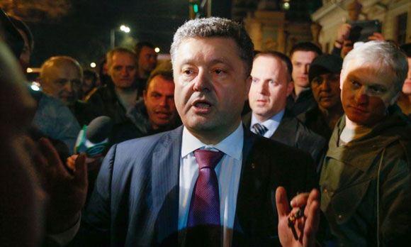 Петр Порошенко лидирует на досрочных президентских выборах на Украине