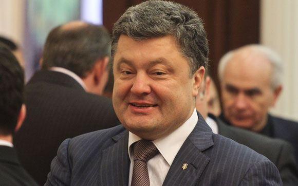 Порошенко: Пока обстановка в стране не стабилизируется, переизбирать парламент рано