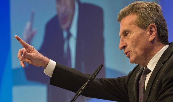 Эттингер: долг Украины за газ составляет почти четыре миллиарда долларов
