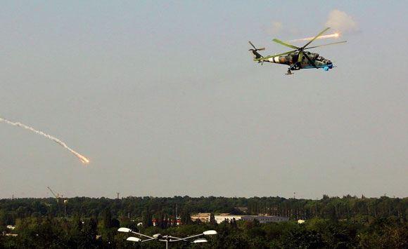 Бои под Славянском: сбито два вертолета