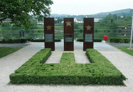 Памятник Шенгенскому соглашению