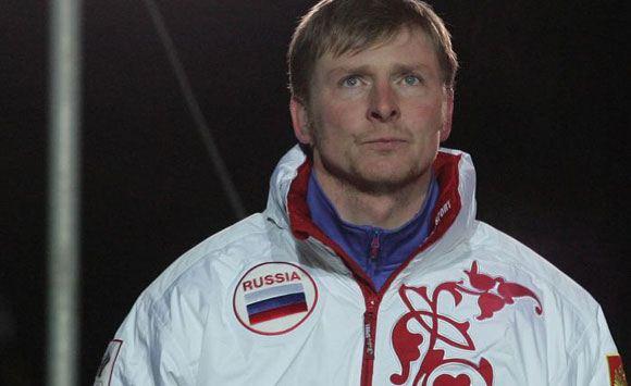 Хулиганы повредили автомобиль олимпийского чемпиона Александра Зубкова