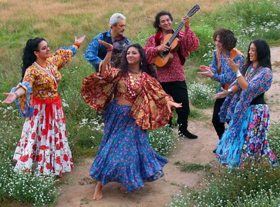 Музыка цыганского табора сладка на слух