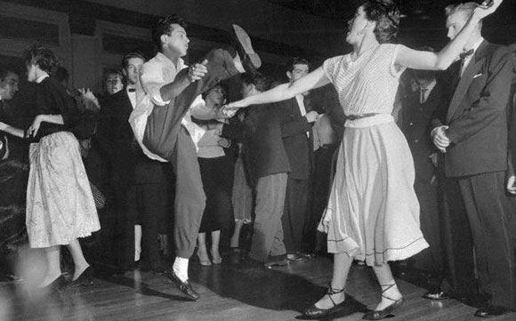 Российских школьников научат танцевать рок-н-ролл