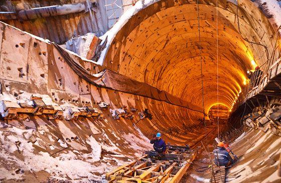 Темпы строительства метро в Петербурге зависят от многих факторов