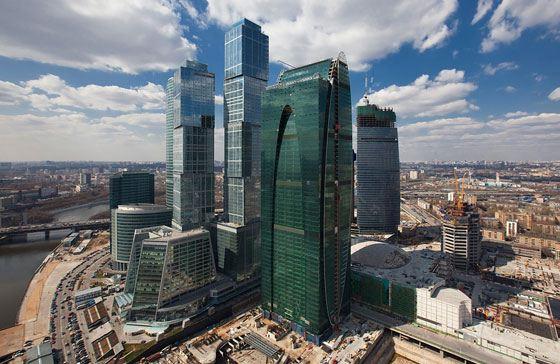 Высота Москва-Сити продолжает меняться