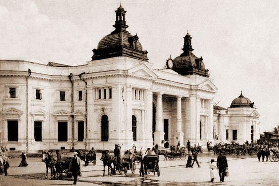 Раньше Курский вокзал назывался нижегородским и располагался за городом