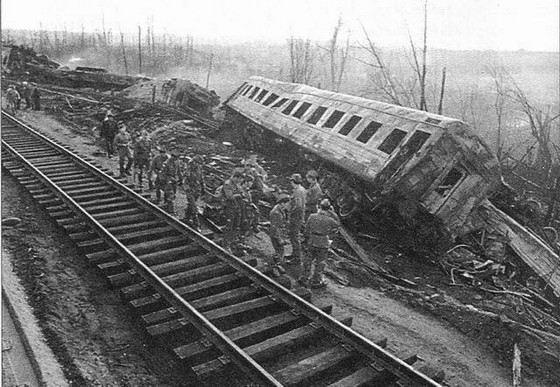Взрыв поездов под Уфой стал одной из самых страшных катастроф в современной истории страны
