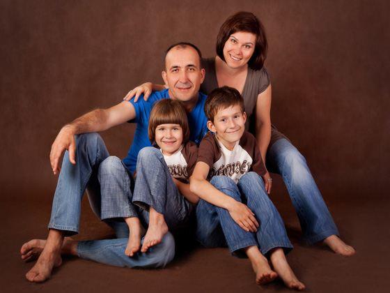 Студийное семейное фото