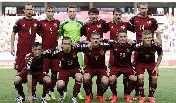 Российские футболисты вылетели на ЧМ-2014