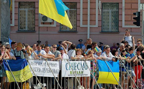 Участники Народного вече в Киеве хотят роспуска Верховной рады