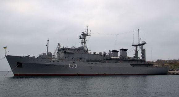 Процесс передачи Украине базирующейся в Крыму техники был остановлен