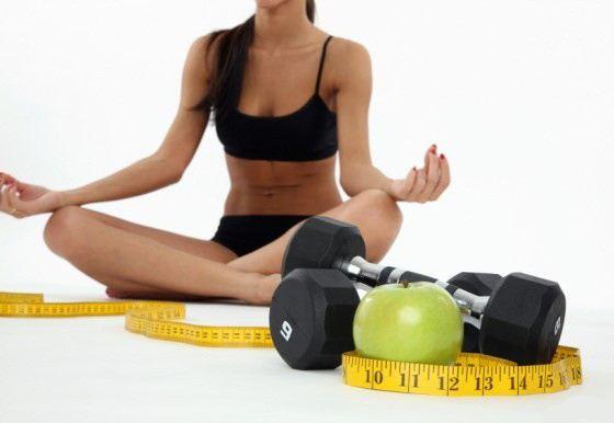 Если следить за питанием и заниматься спортом - то похудеть можно быстро