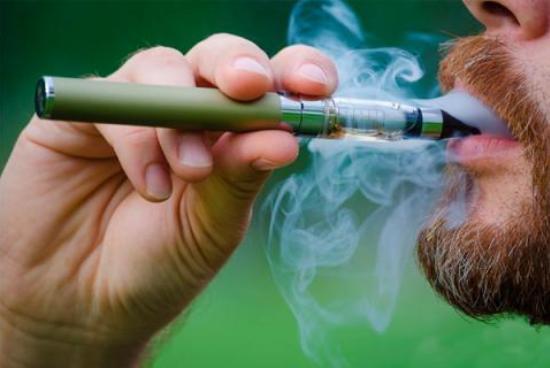 После введения антитабачных «драконовых мер», москвичи меньше курить не стали
