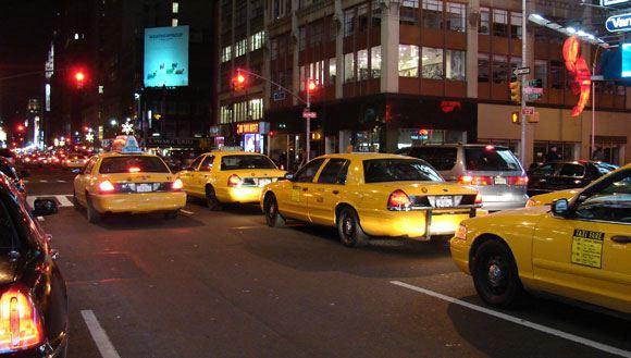 75-летнего туриста из России избил нью-йоркский таксист