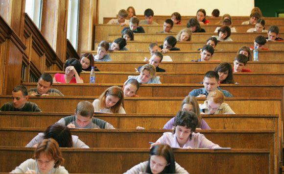 Минимальные баллы по математике и русскому языку, необходимые для поступления, не изменились
