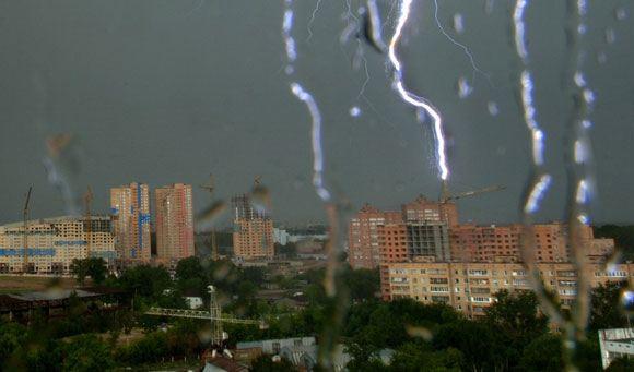 В Москве и области объявлено штормовое предупреждение