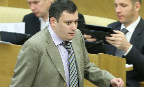 Депутата Хинштейна просят лишить неприкосновенности за хулиганство в самолете