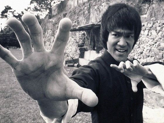 Bruce Lee is 170 cm tall