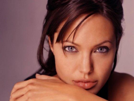 Губы Анджелины Джоли вызывают восхищение во всем мире