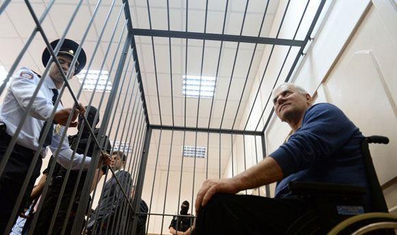 Обвинение попросило приговорить экс-мэра Махачкалы к 13 годам колонии