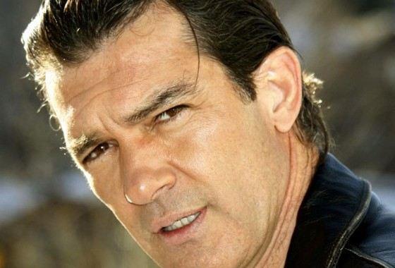 Антонио Бандерас покоряет сердца миллионов талантом и красотой