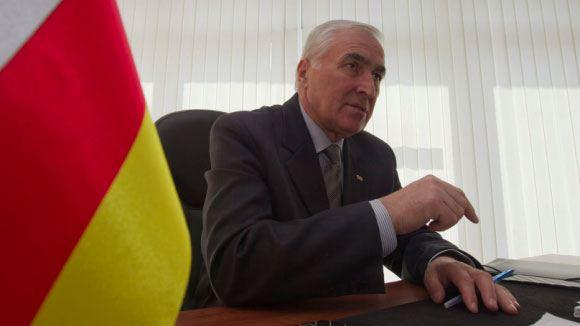 Президент Южной Осетии поручил наладить отношения с ДНР