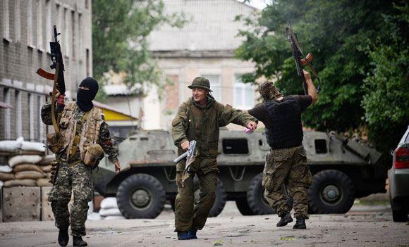 В Донецке на складе воинской части взорвались боеприпасы