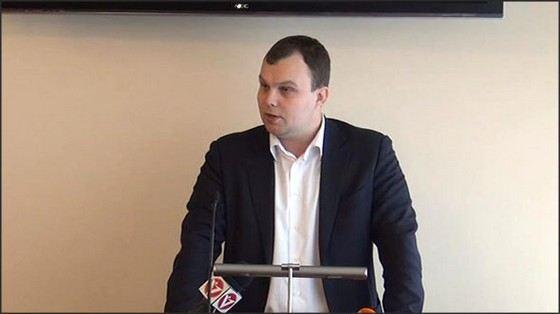 Виталий Золочевский родился в Москве, а политическую карьеру начал делать в регионах